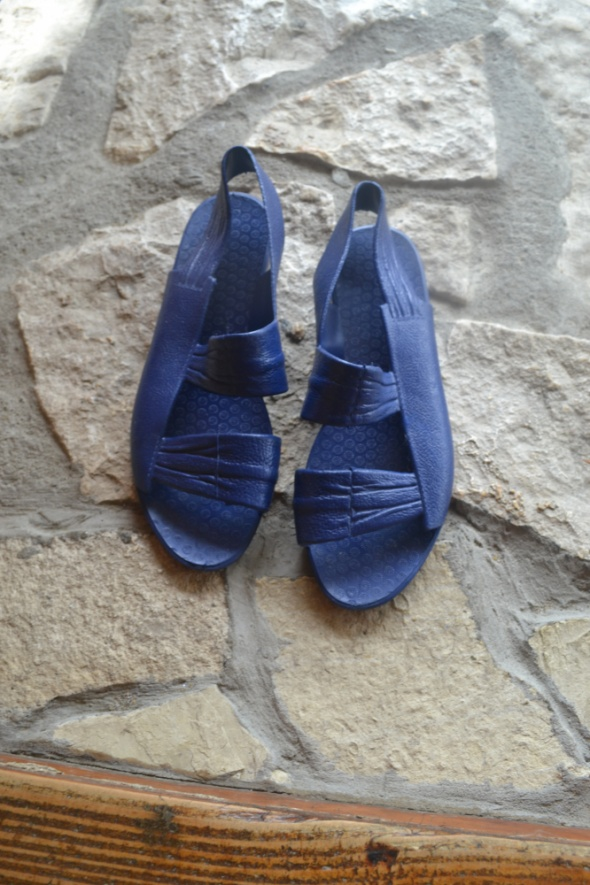 Sandały gumowe 35 rozm 22cm 21 i 5cm wkł