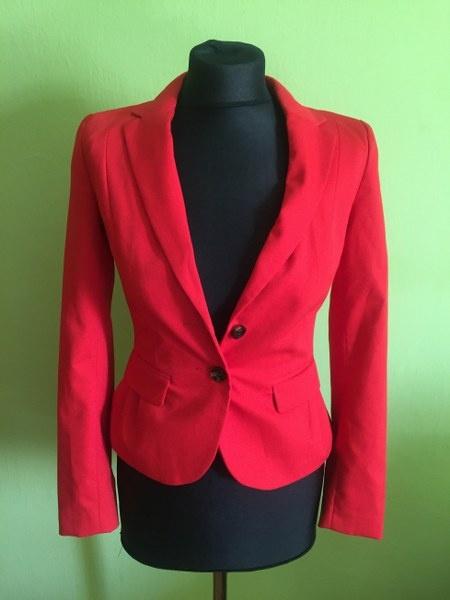 nowy czerwony żakiet H&M