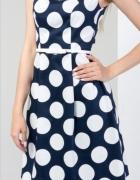 Sukienka Pretty GirlSukienka w grochyrozkloszowana sukienka...