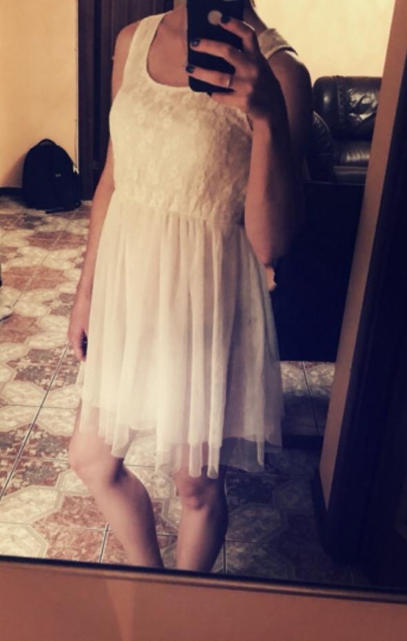 Suknie i sukienki biała sukienka tiul 36 rozm S