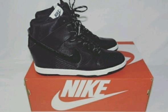 Nike Dunk Sky Hi Sneakers Czarne Koturn