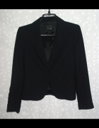 Basic style czarna marynarka Zara...