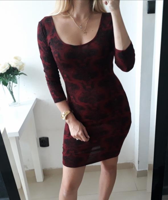 Miso sukienka bordowa dopasowana wzory M