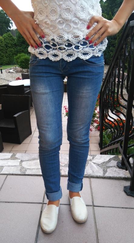 spodnie jeansy s rurki dzinsy
