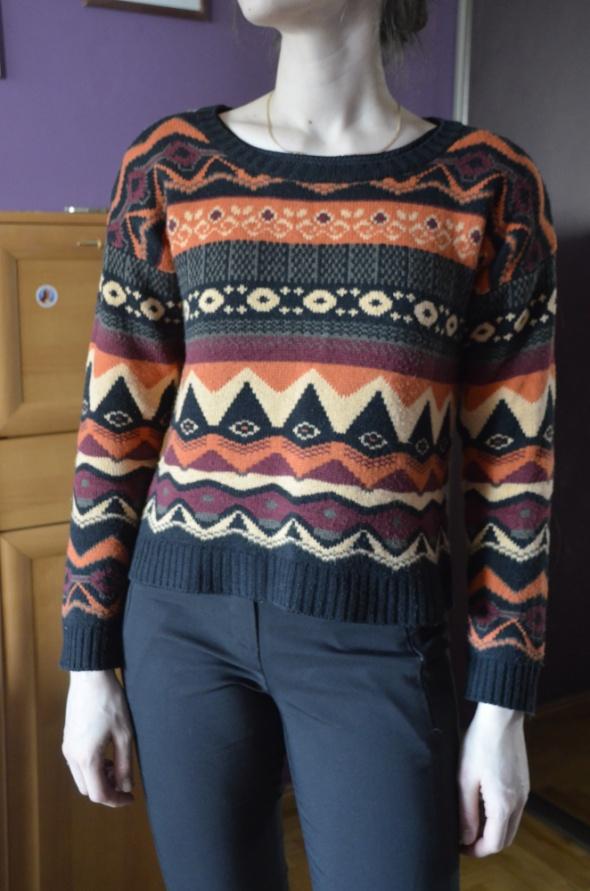 gruby sweter kolorowy 36 38 S M