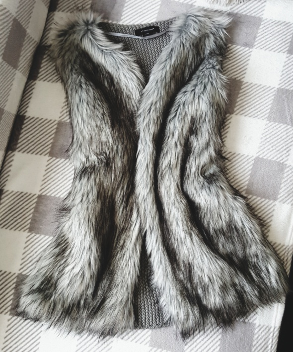 Atmosphere futrzana kamizelka sweter futerko