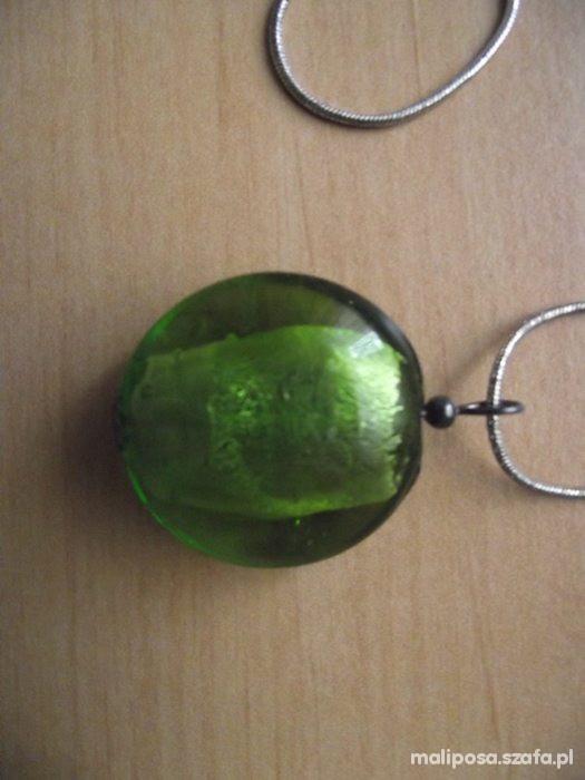 Wisiorek zielony