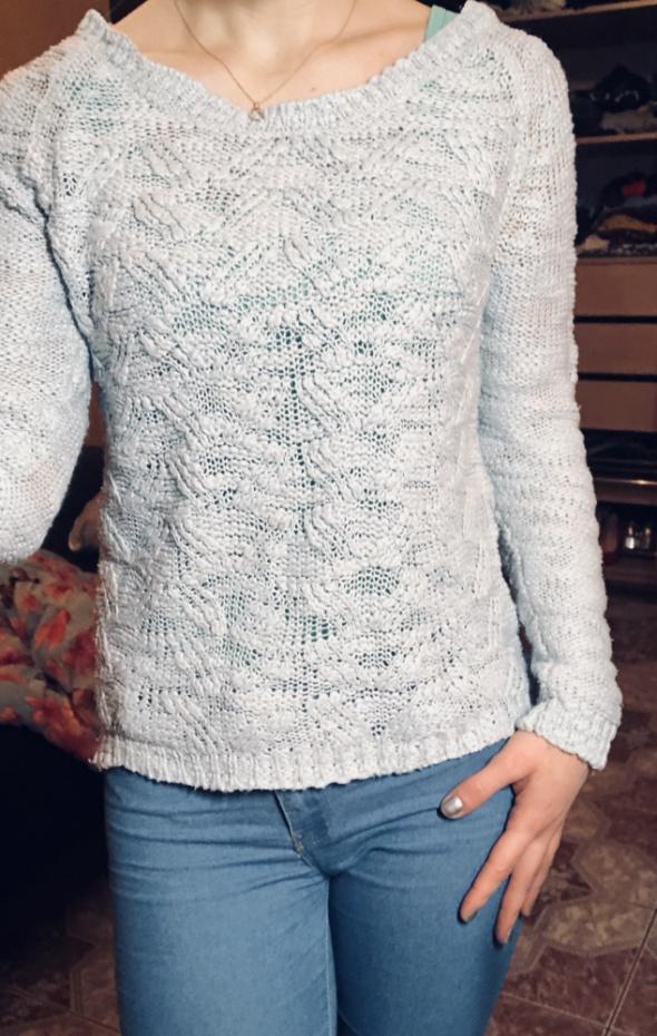 ażurowy sweterek błękitny S 36...