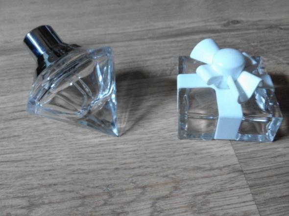 Dwa flakoniki po perfumach