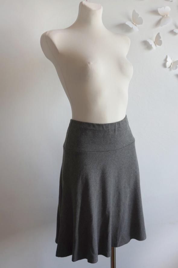 Dzianinowa spódnica biznesowa biurowa XS S
