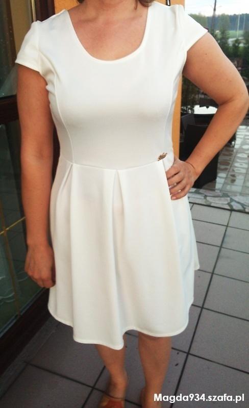 biała sukienka m