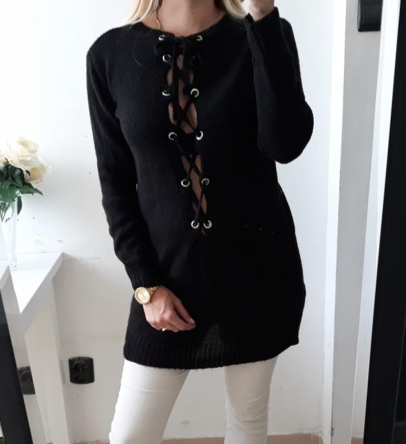Sweter czarny długi wiązany dekolt M