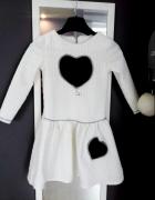 Sukienka rozkloszowana 128 serce skóra...