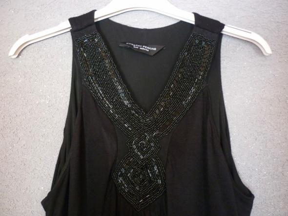 Czarna sukienka bombka Dorothy Perkins...