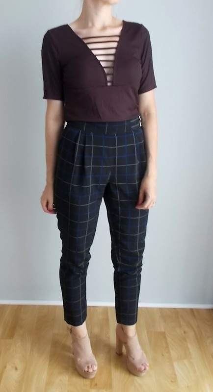 Bluzki H&M bluzka z paseczkami na dekolcie