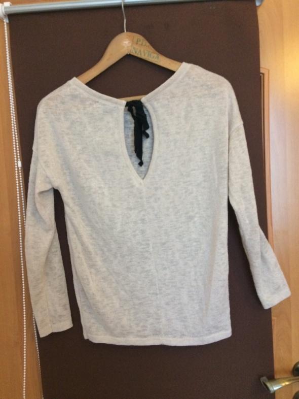 Sweter beżowy Bershka r S36...