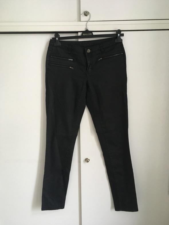 Spodnie czarne rurki Vila 38