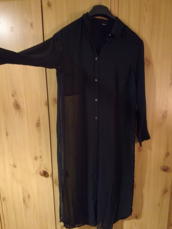 Długa koszula czarna H&M...