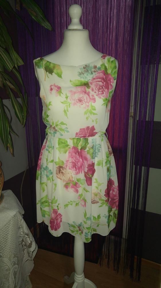 Suknie i sukienki Piękna letnia sukienka w kwiaty