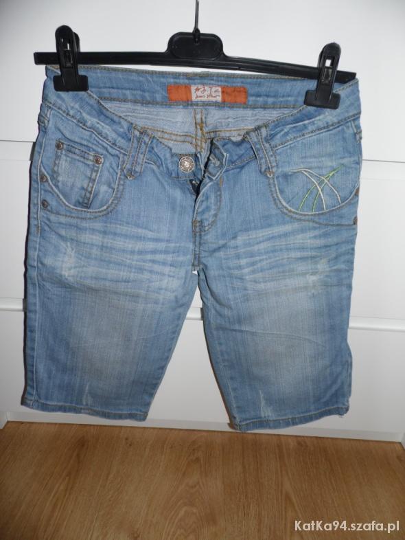 Spodenki Spodnie jeansowe przed kolano
