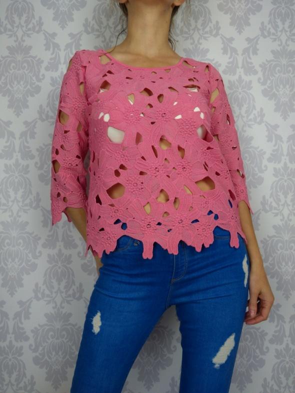 Ażurowa różowa bluzka Next...