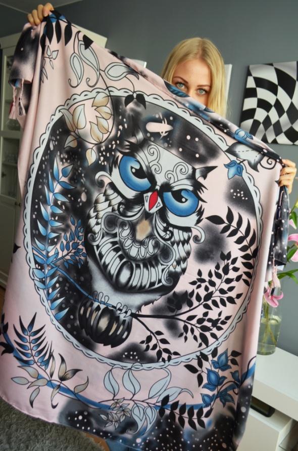Malowana wielka chusta z sową Nowa