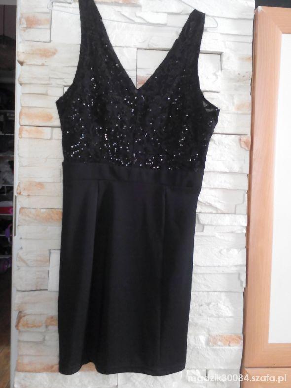 Czarna sukienka Vero Moda 36