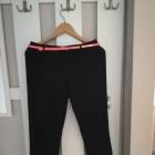 Czarne casualowe spodnie Camaieu 34