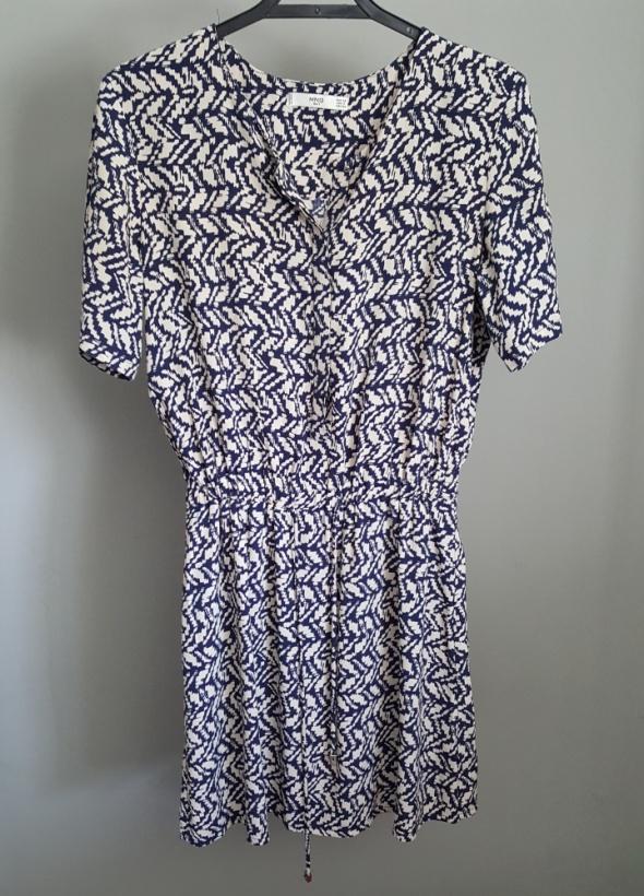 granatowobeżowa sukienka