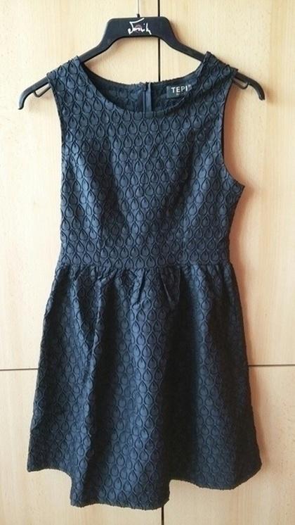 Sukienka mała czarna s m wzór łezki rozkloszowana...