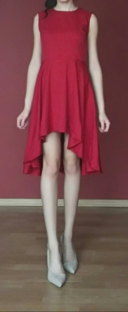 Czerwona asymetryczna sukienka S M