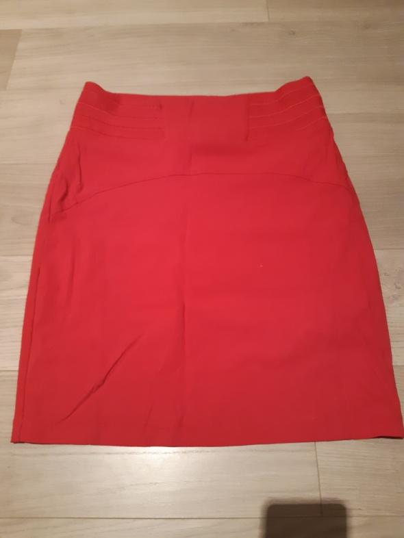 Ołówkowa malinowa spódnica Orsay rozm 38...