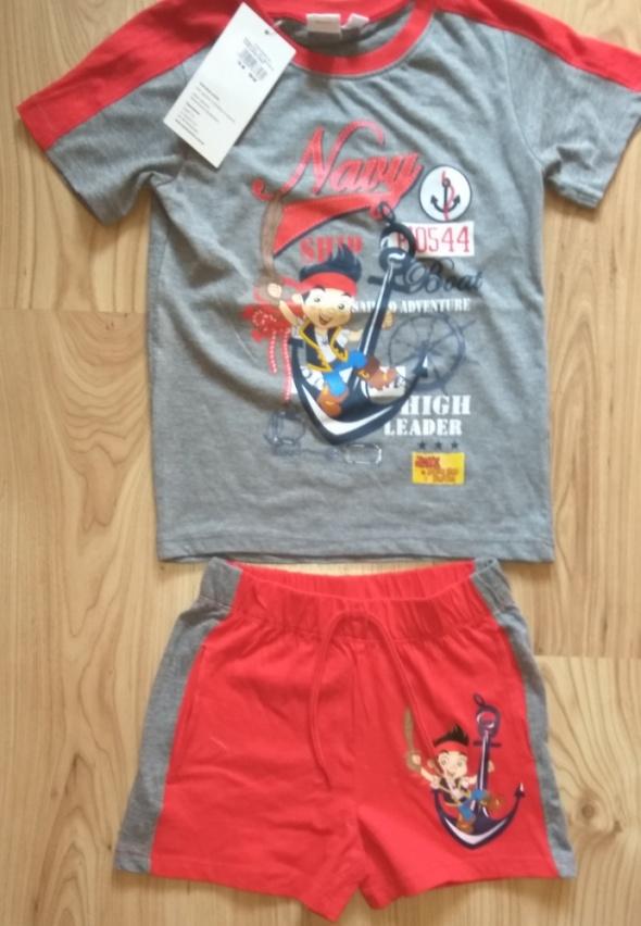 Nowy letni komplecik bluzka i krótkie spodenki Piraci z Nibylandii 110