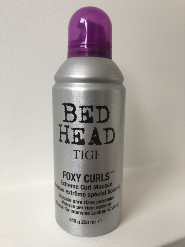 TIGI Bed Head Foxy Curls Extreme pianka do włosów kręconych 250 ml
