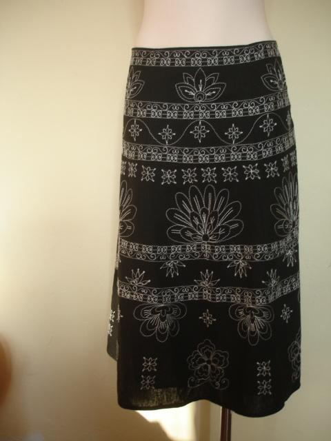 Spódnice Elegancka kwiatowa spódnica 42 XL