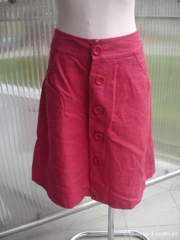 Wygodna spódnica zapinana na rząd guzików 14 XL...