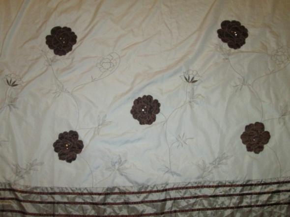 Poszewka na kołdrę narzuta na łoże małżeńskie kwiaty haft