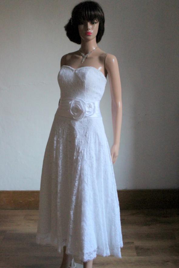 Biała koronkowa suknia ślubna tea lenght r L B...