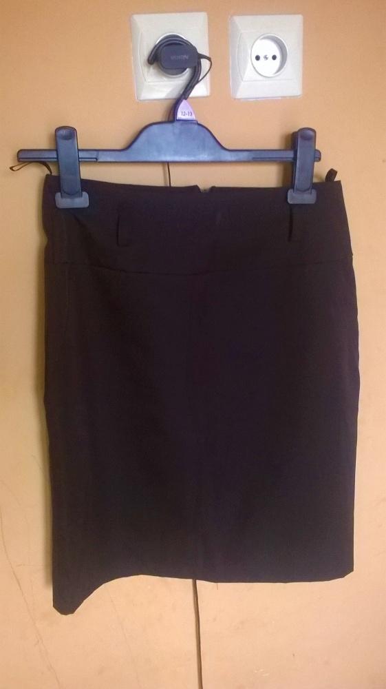 Spódnica czarna klasyczna roz S