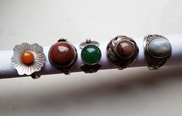 Warmet stare pierścionki