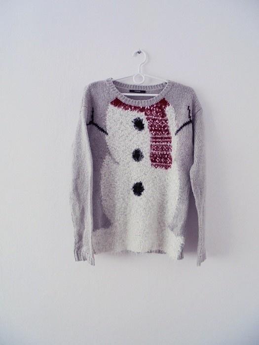 szary sweter bałwanek