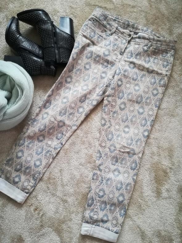 Spodnie w aztecki wzór 40 L...