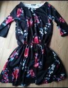 Sukienka czarna w piękne kwiaty Butik...