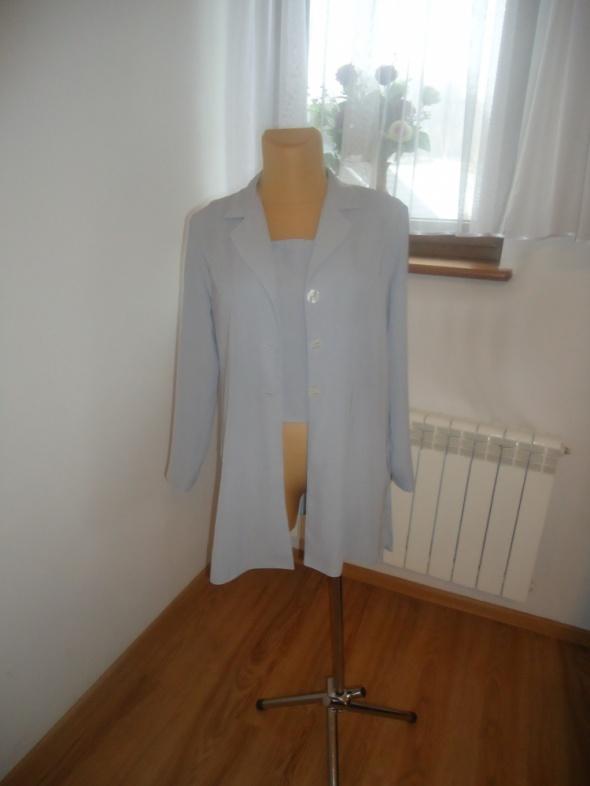 komplet bluzka plus płaszczyk spodnie gratis