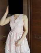 Sukienka MINI koronkowa rozkloszowana RÓŻ EMU S36...