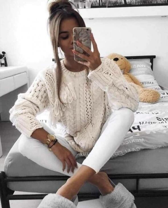 Hitowy sweterek nowy