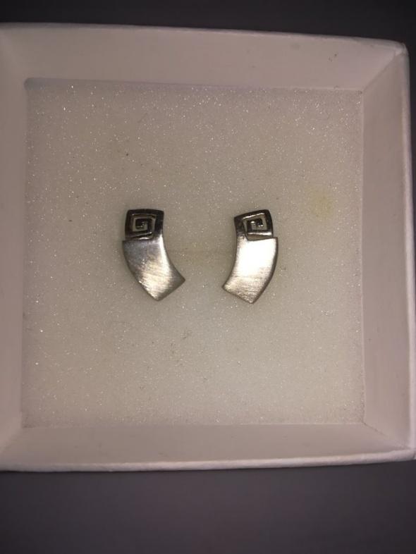 Śliczne srebrne kolczyki 925