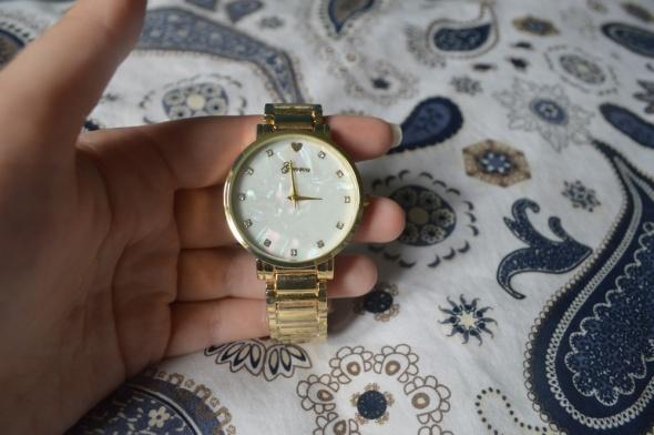 Zegarek Geneva złoty Nowy