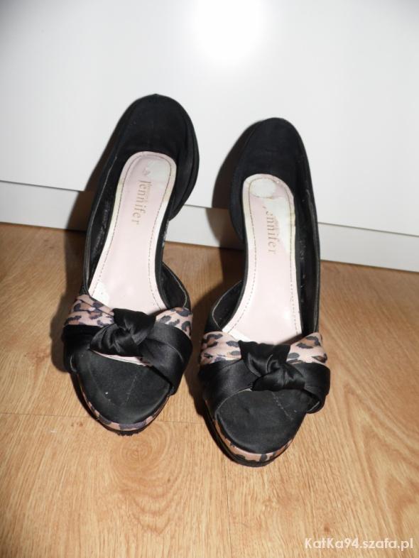 Czarne szpilki open toe 39