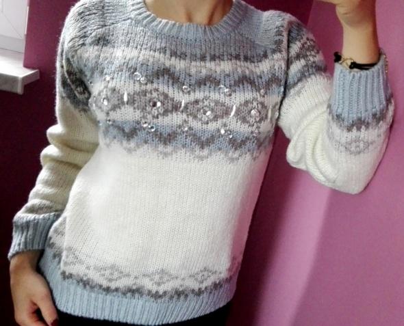 Sweter z perełkami New Look koraliki rozmiar XS S